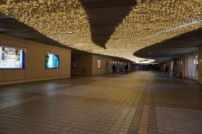 横浜駅東口 イルミネーション 星降るテラス ~星に願いを~