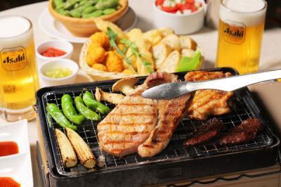 横浜マリンタワー THE BUND 肉食べ放題BBQビアガーデン