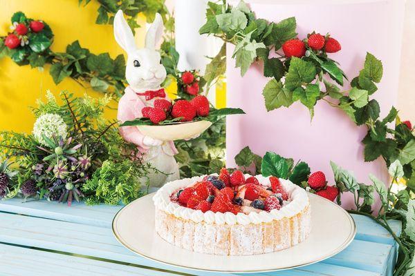 デザート約25種類のほか、軽食10種類が食べ放題