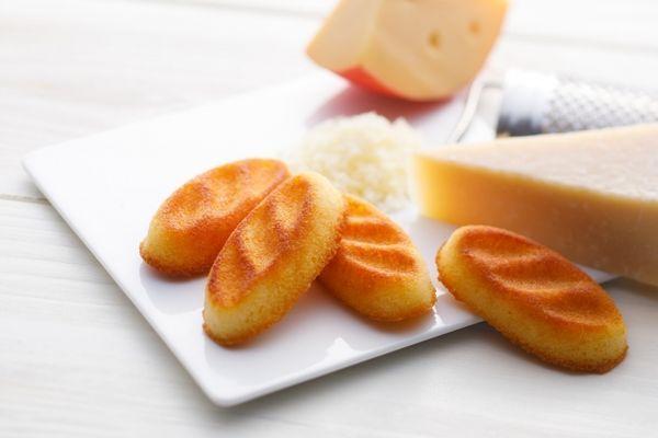 グランスタ先行販売メニュー「フレンチトーストチーズフィナンシェ」が登場!