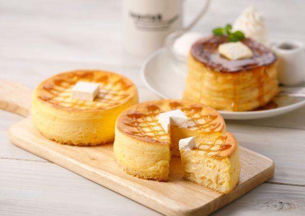 グランスタ限定のフレンチトーストケーキも!