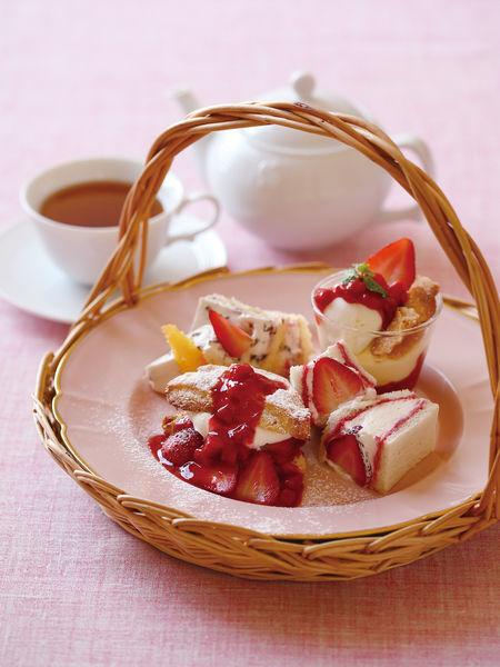 苺のアフタヌーンティーセット 1,830円税込 好きなお茶付き
