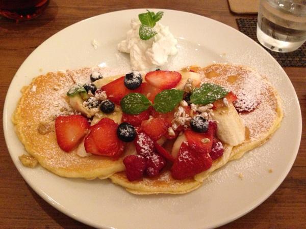 ホレホレ カフェアンドダイナー ミント神戸店(hole hole cafe&diner)