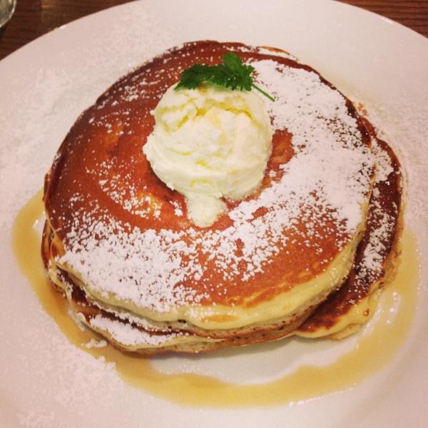 ハワイアンパンケーキファクトリー ヨドバシ梅田店(Hawaiian Pancake Factory)