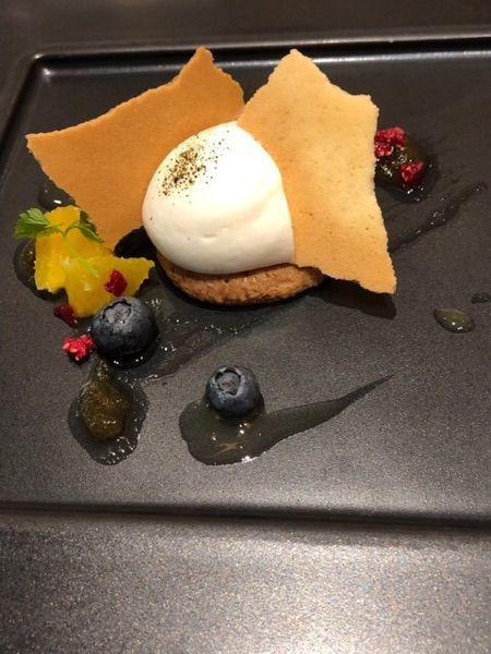 八芳園   デザート   結婚式の食事にふさわしいデザートです