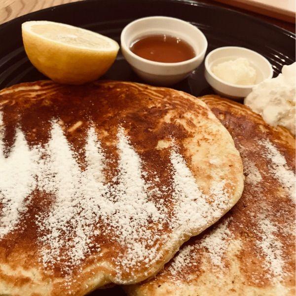 ロンハーマンカフェ  みなとみらい店 ミルクバターパンケーキ 薄め2枚 1000円