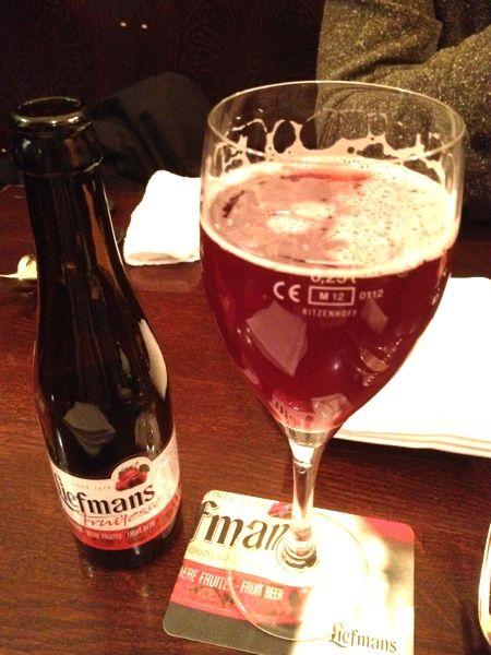 Belgian Beer CAFE ANTWERP SIX  色々なビールがあって迷いました。