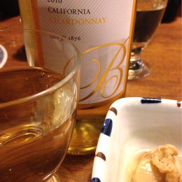 串八珍 銀座二丁目店 バースデープレゼントで白ワインサービス。…ベリンジャー カリフォルニア・シャルドネ